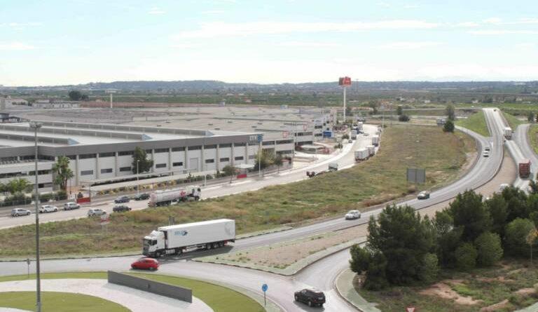 Riba-roja recibe 992.000 euros del IVACE, la mayor inversión en polígonos industriales de València